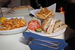 Wantagh Inn Chicken Sandwich 2