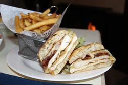 Wantagh Inn Chicken Sandwich 5