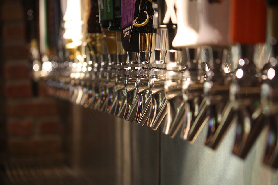 craft beer and draft beer