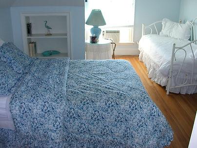 The Inn Spot On The Bay Bed & Breakfast