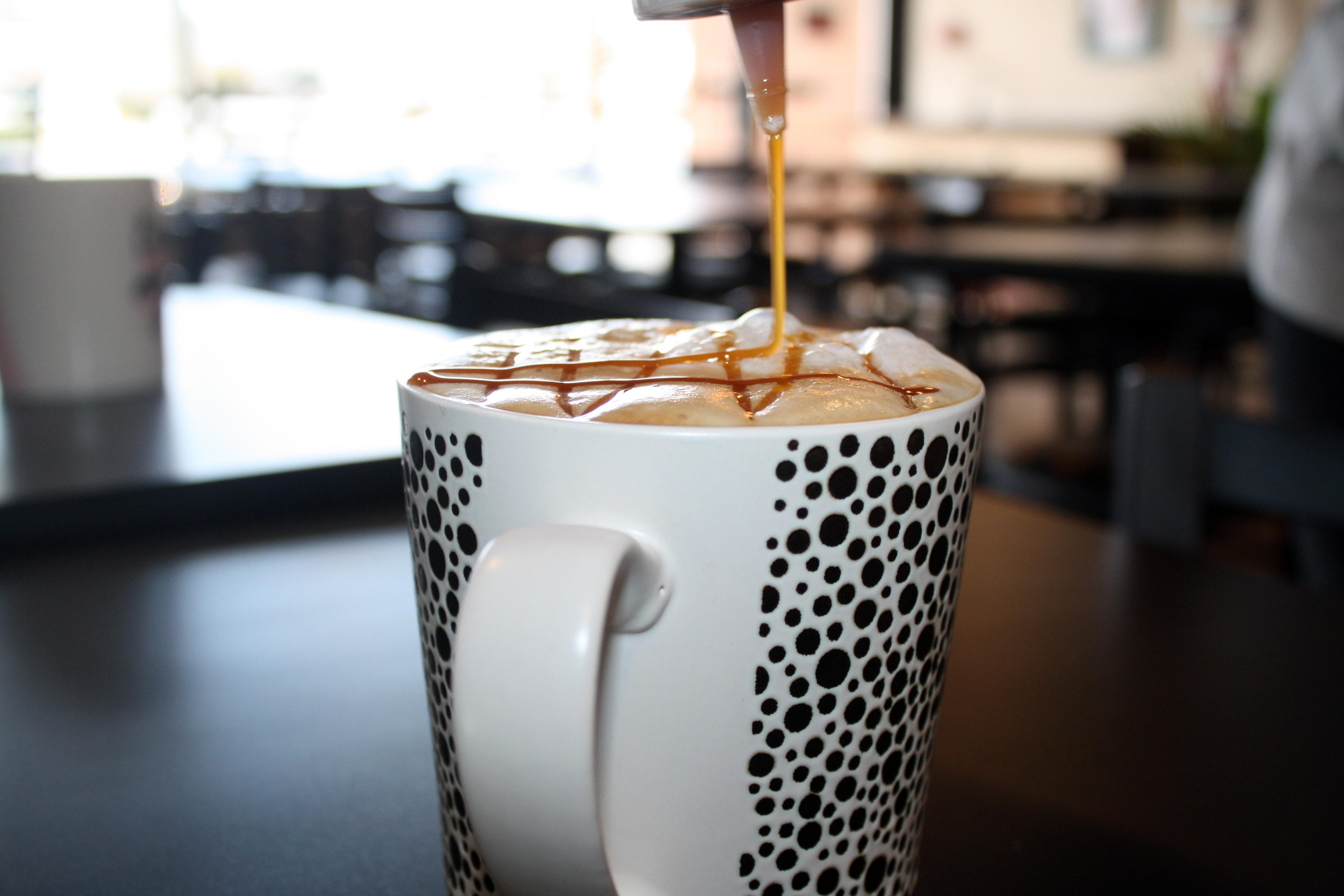 Kims Cafe Caramel Frappucino