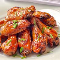 Brown-Sugar-Dijon-Chicken-Wings-close-up