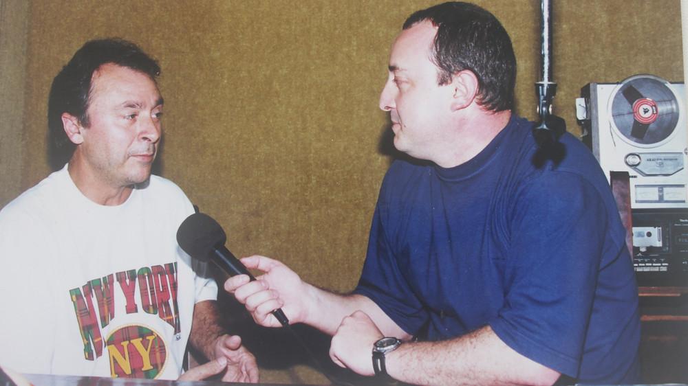 Nos tempos da Rádio Excelsior, a solidariedade sempre marcou minhas ações em Gramado, contando com um grande parceiro: Sérgio Zambiasi (E) o  radialista mais popular do Rio Grande do Sul até os dias de hoje.