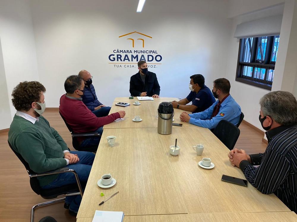 A intenção do encontro foi viabilizar uma conversa para ouvir as demandas da categoria em Gramado.