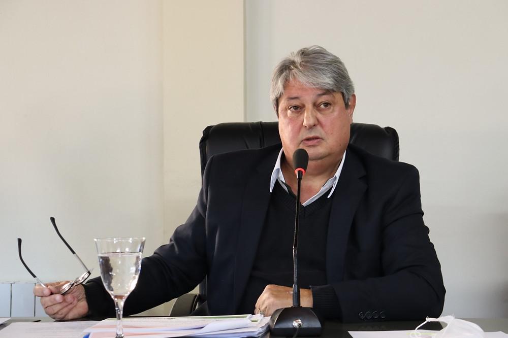 """""""A imprensa vai ficar braba comigo. No período de 2017/2020 foi gasto R$3 milhões e 857 mil em publicidade, aqui na nossa cidade"""", disse Nestor (FOTO)."""