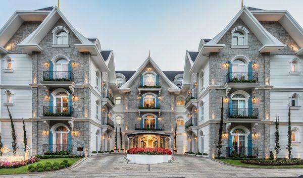 """O hotel da Serra Gaúcha abocanhou o título com a nota máxima em 1.565 avaliações de viajantes, classificando-o como """"excelente"""". (FONTE: ISTO É DINHEIRO)."""