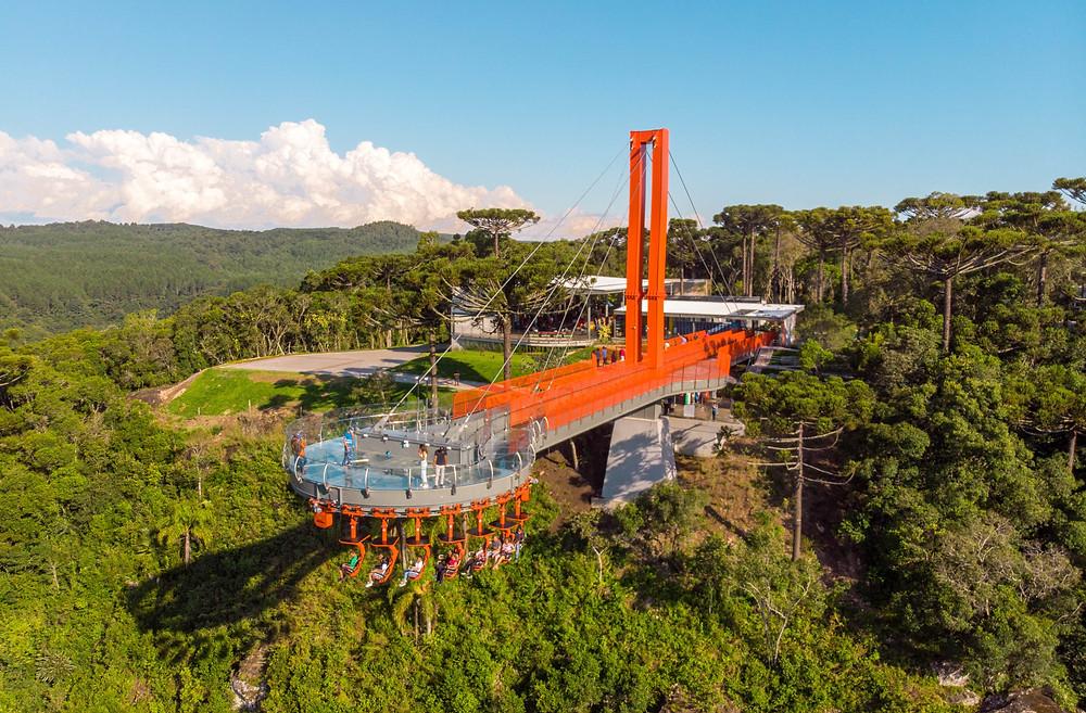 O Skyglass Canela(FOTO) conta com o selo de Turismo Responsável.  Mais informações podem ser obtidas pelo telefone (54) 3699.9200. O horário de funcionamento é das 9 horas às 18h.