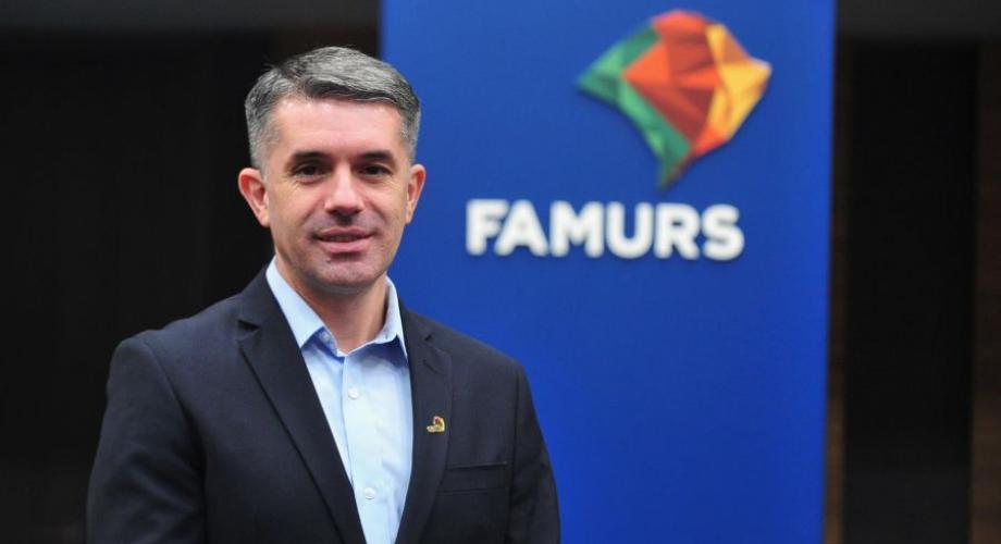 """""""A mobilização entre a Federação e a prefeitura foi fundamental para a conquista"""", ressaltou o presidente da Famurs, Maneco Hassen (FOTO)."""