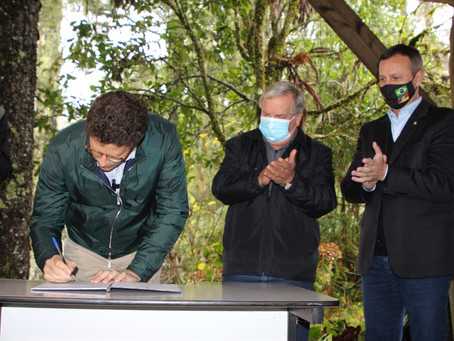 Cerimônia marca autorização de publicação do edital para concessão da Floresta Nacional de Canela
