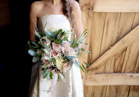 Fig_And_Flower_Luxury_Wedding_Flowers_Winter_Wedding_Flowers_Artisan_Florist_West_Sussex_0162.jpg
