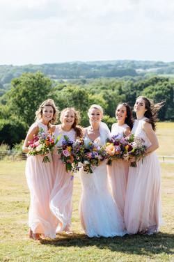 wedding bouquets bright colurs