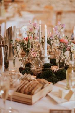 Spring table centre barn wedding