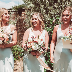 bridesmaids flowers, bridesmaids bouquet, bridesmaids inpiration, minty green bridesmaids dress