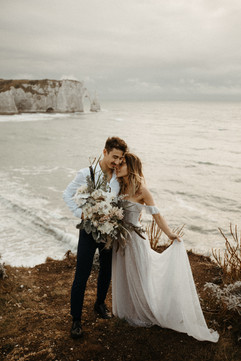 Beach wedding flowers, beach weding bouquet