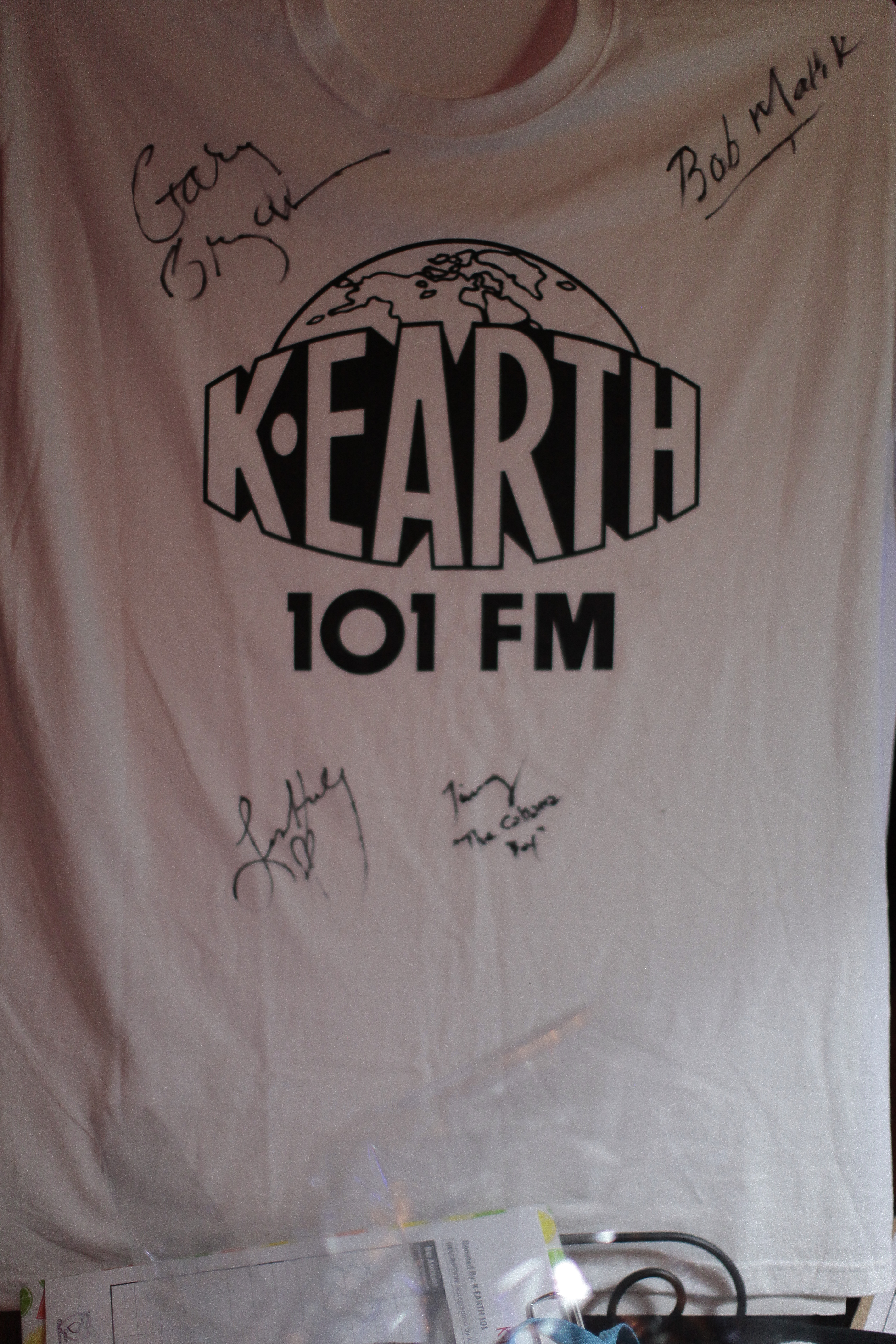 K-Earth 101 signed shirt