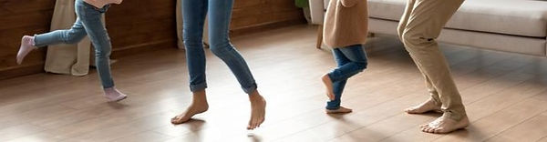 happy-parents-kids-daughters-dancing-spi