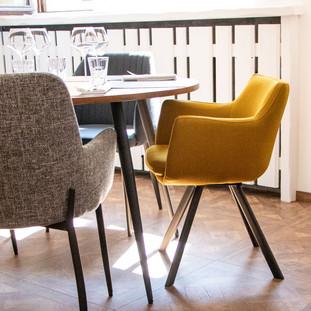 398503-fauteuil-carl-coloris-moutarde.jp