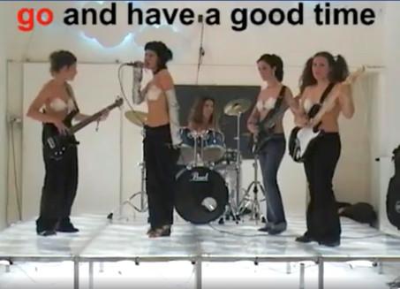 KARAOKE' performance, videoclip, karaoke