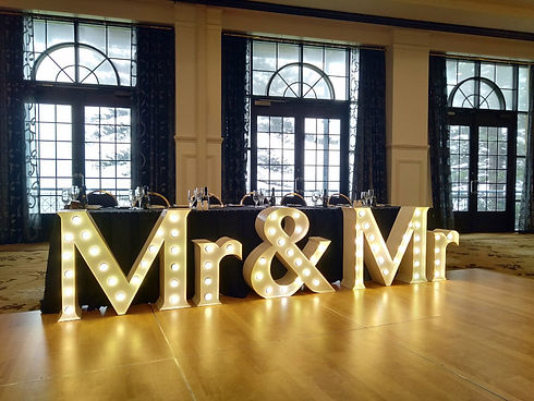 mr-and-mr.jpg