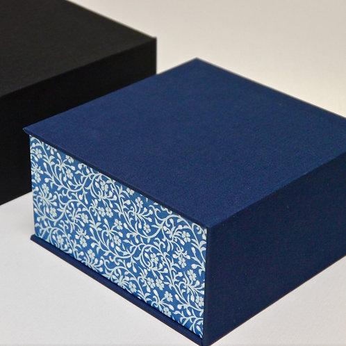 Coffret carré - Fleurs bleues