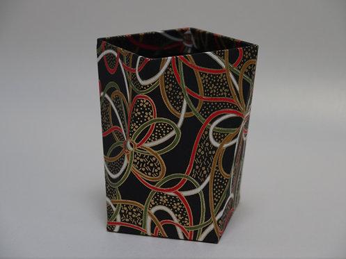 Pot à crayons noir cordon