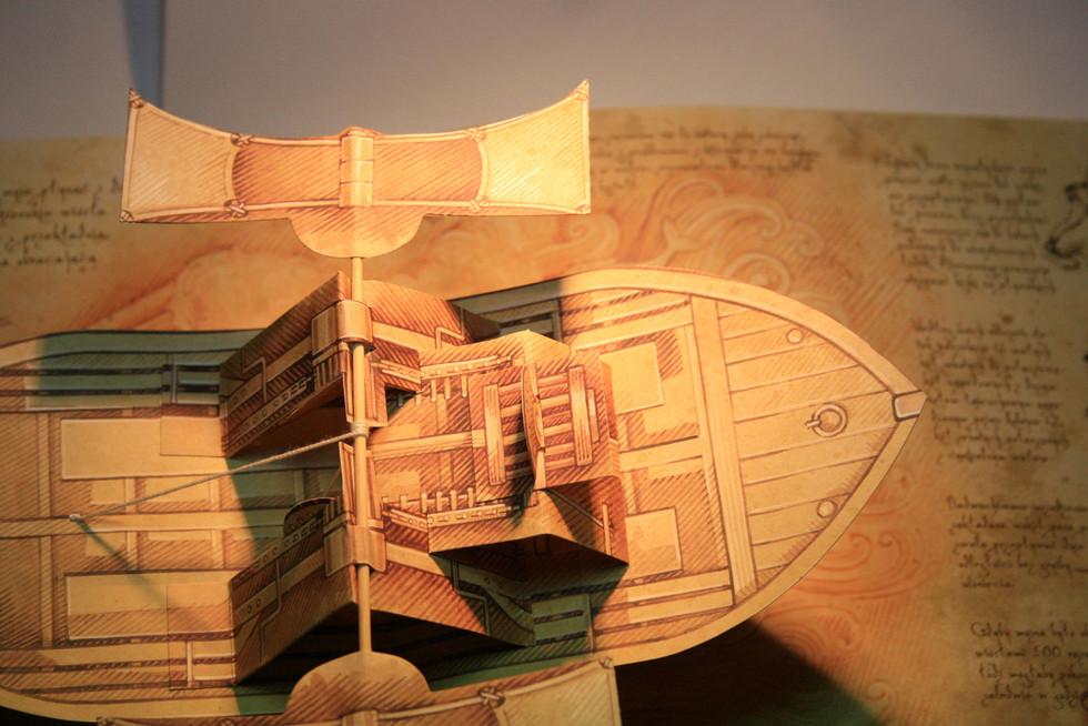 Leonardo pop-up Paddle Boat