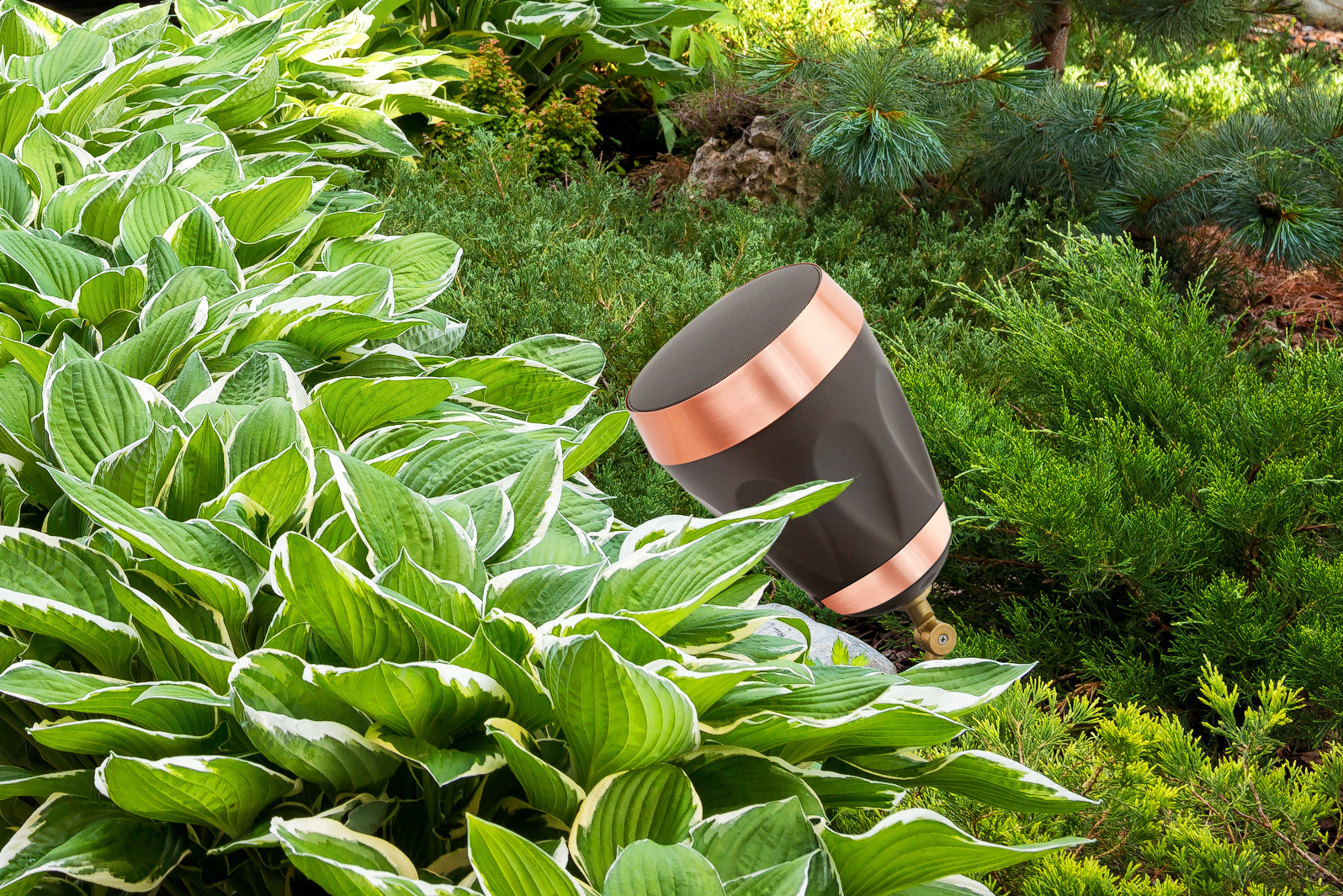 outdoor-living-experience-speakers-banne