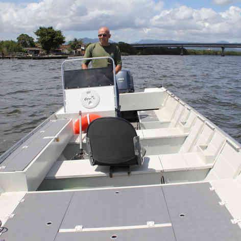 Barco de Pesca modelo Parcel da Maresias Náutica