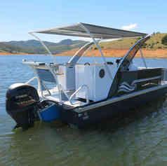 Barco de Pesca modelo Trimaran Platinum da Maresias