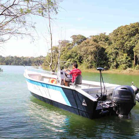 Barco de Pesca modelo Anequim da Maresias Náutica