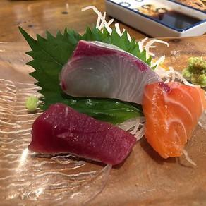 Kyoto | Momiji もみじ : kanpai! and sashimi
