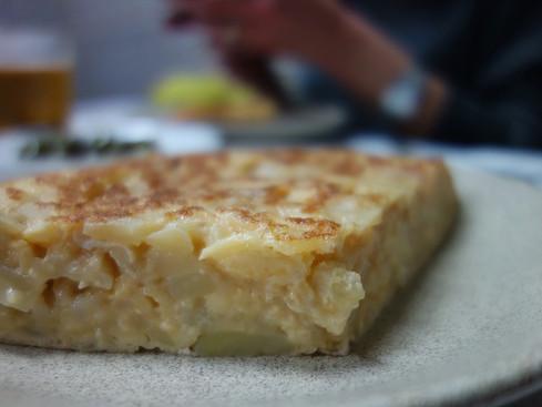 Madrid / La Alegria: callos, tortilla and joy