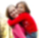 AP et fille dans les bras.png