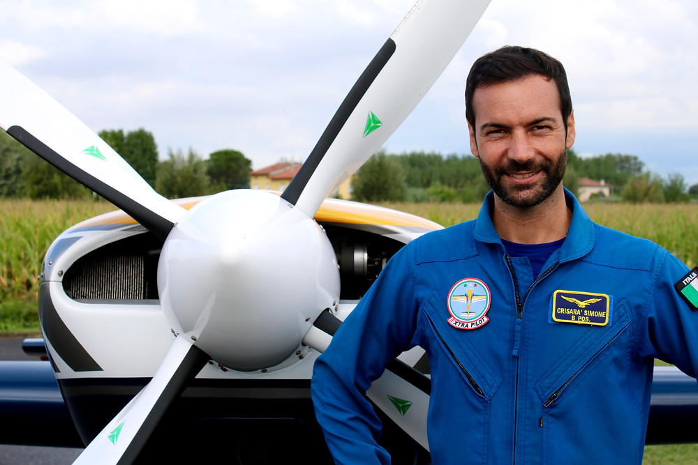 pilota acrobatico, Simone Crisarà