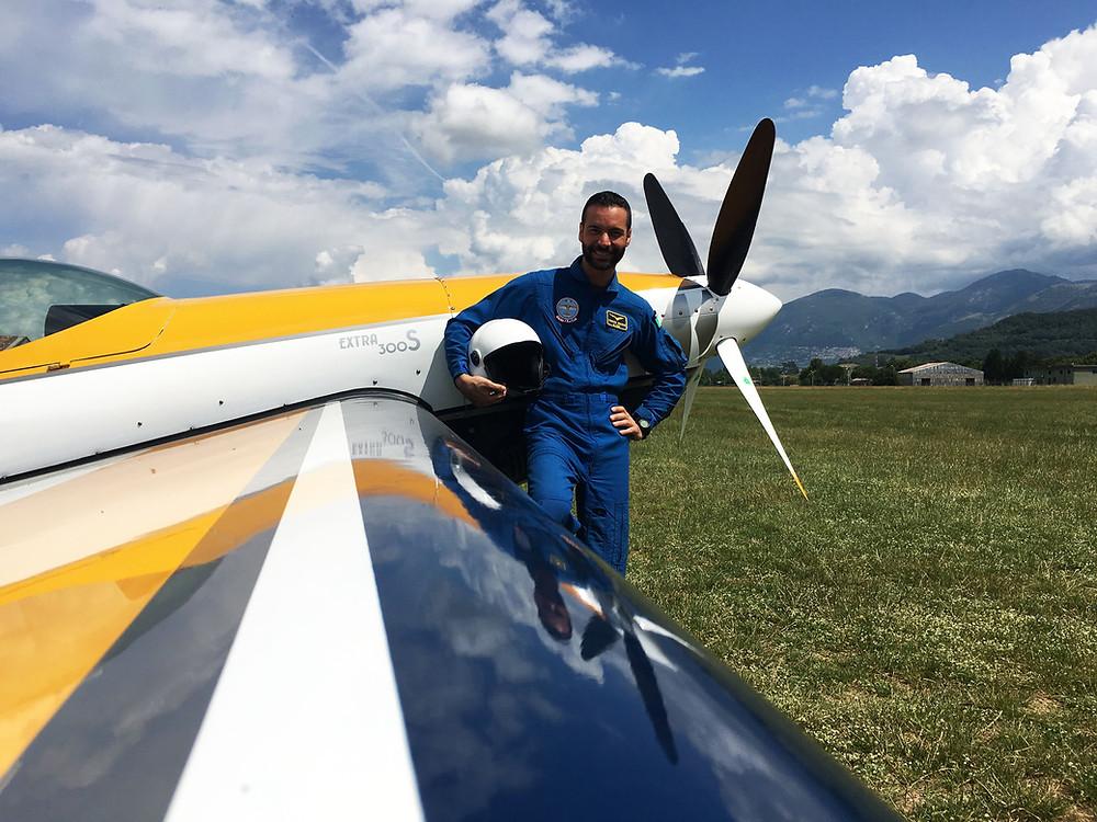 Simone Crisarà, pilota acrobatico