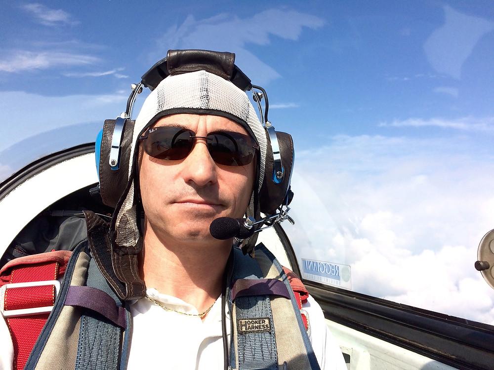 Ilario Cocchi, pilota acrobatico Italiano, CAP 21, acrobazia aerea