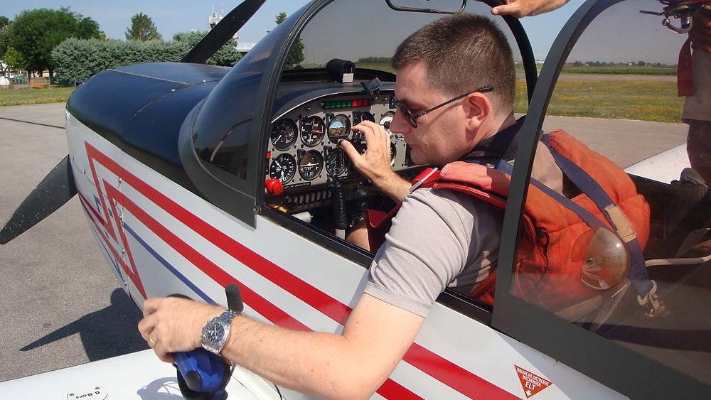 Emiliano Lazzerini, volo acrobatico, pilota acrobatico, Assofly, Marzetti