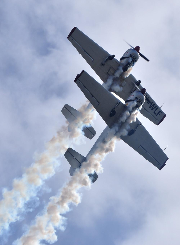 yakitalia, yak 52, volo in formazione, pattuglia acrobatica, fano, mariani, buso