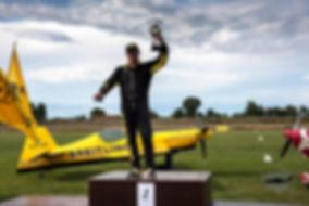 volo acrobatico, Francesco Fornabaio, campione italiano di acrobazia a motore 2014