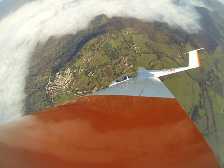 volo acrobatico: questo weekend la prima gara del Campionato di acrobazia in aliante ad Alfina 1-3 m