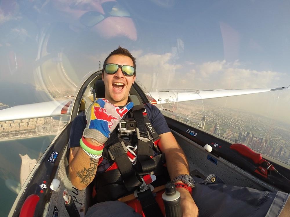 Luca Bertossio flying over Dubai