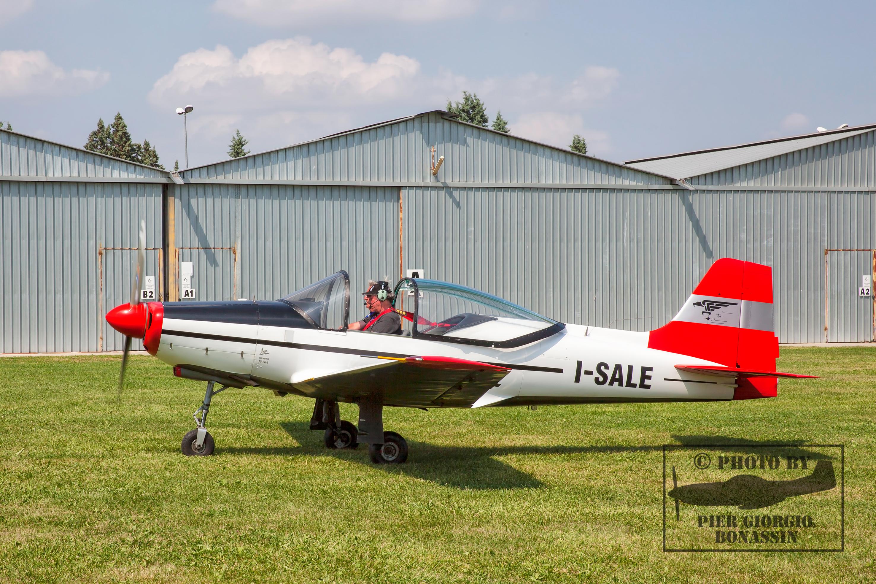 Falco I-SALE a terra