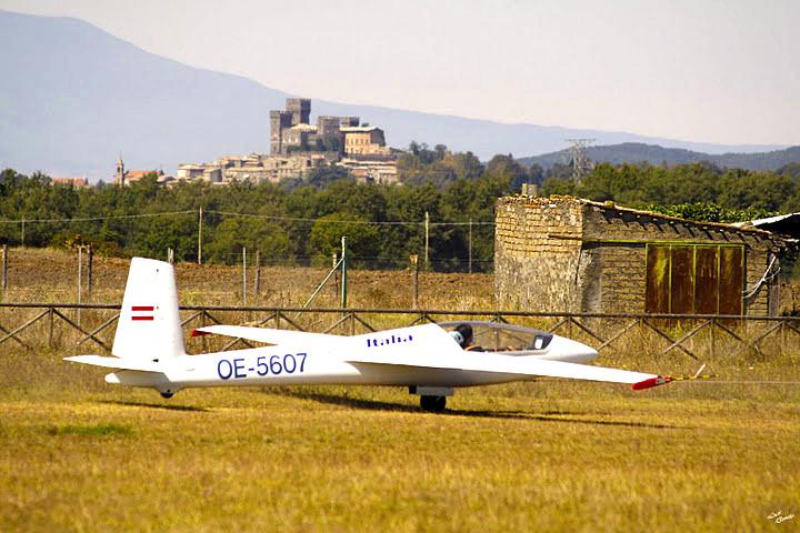 volo acrobatico in aliante campionato acrobazia swift