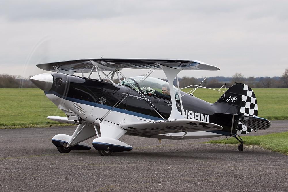 Francesco Fullin, pilota acrobatico, volo acrobatico, Pitts, biplano