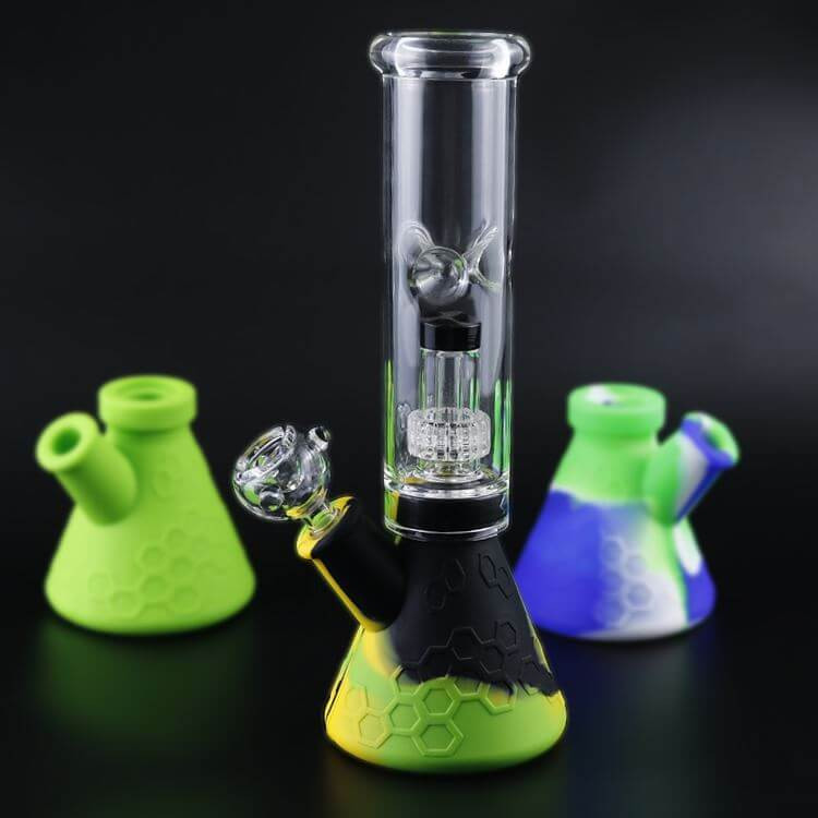 Silicone and glass smoking bong pipe