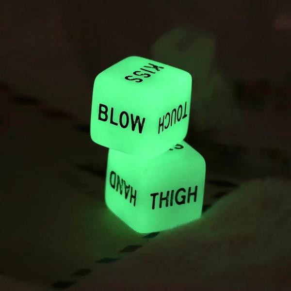 Glow in the dark sex dice | moodTime