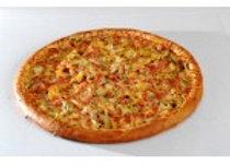 Пицца Барбекю (колбасы, грудка, томаты, перец, огурцы маринованные)