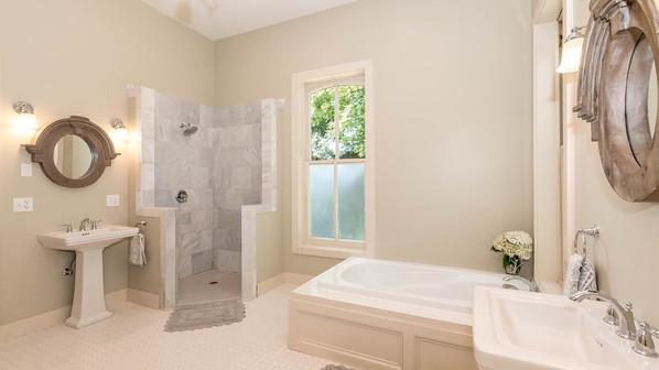 Ivine Bathroom