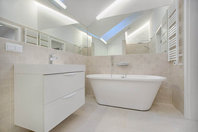 Laguna Bathroom