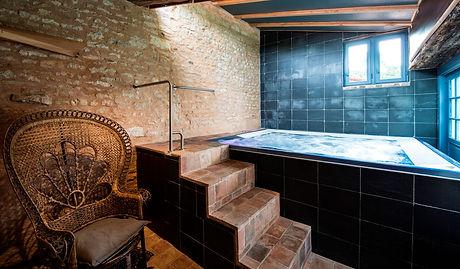 spa privé vendée; spa privé la rochelle, heure de spa offerte; spa vendée; jacuzzi vendée